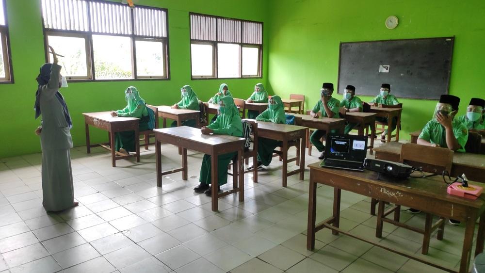 Dua Sekolah Gelar Simulasi, MTs N 4 Sumber Diminta Tunda Pelaksanaan PTM